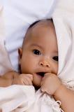 Baby in der Decke Lizenzfreies Stockfoto