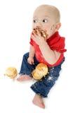 Baby die Cake eet royalty-vrije stock afbeeldingen
