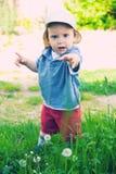 Baby die hulp vraagt Stock Afbeeldingen