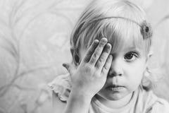 Baby en hand Royalty-vrije Stock Afbeeldingen
