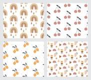 Baby en kinderen naadloze patronen met regenboog, citroenen, roomijs, sterren en harten Vector ontwerp stock illustratie