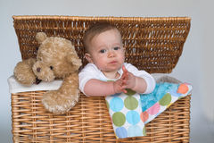 Baby en Teddy Royalty-vrije Stock Foto's
