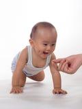 Baby het Kruipen Stock Foto's
