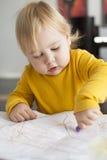 Baby het schilderen blad Stock Foto