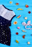 Baby-meisje de zomerkleding, toebehoren Royalty-vrije Stock Afbeelding