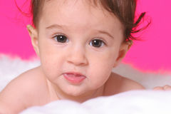 Baby met engelenvleugels royalty-vrije stock afbeelding