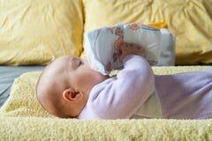 Baby met luier Royalty-vrije Stock Foto's
