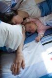 Baby met mamma Stock Fotografie
