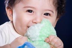 Baby met stuk speelgoed Royalty-vrije Stock Foto