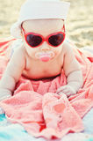 Baby op het Strand Royalty-vrije Stock Afbeeldingen
