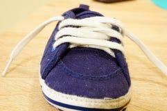 baby red shoe Стоковые Изображения