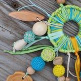 Baby` s multi-colored gebreid stuk speelgoed royalty-vrije stock foto