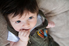 Baby sagt hallo! Lizenzfreie Stockfotos