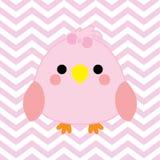 Baby showerillustrationen med gulligt behandla som ett barn fågeln på rosa sparrefärgbakgrund Royaltyfri Bild