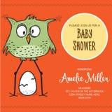 Baby showerkortmall med den roliga klotterfågeln Royaltyfri Foto