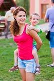Baby-sitter na ação Imagens de Stock