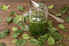 Baby spinach smoothy royalty free stock photos
