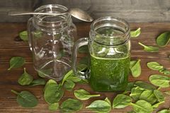 Baby spinach smoothy stock images
