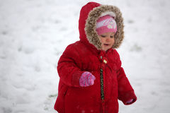 Free Baby Walking In The Snow Stock Photography - 31359932