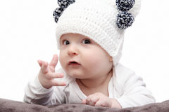 Baby in witte hoed Royalty-vrije Stock Foto