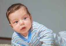 Baby zu Hause Lizenzfreie Stockfotografie