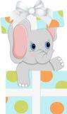 Babyelefant in der Geburtstagsgeschenkbox Lizenzfreies Stockbild