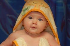 Babygirl dopo il bagno Fotografia Stock Libera da Diritti