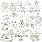 Babyikonen, Spielwaren, Kleidung und Wiege, Hand gezeichnete Skizzenvektorillustration Stockfotografie