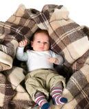 Babyjongen in de doos Royalty-vrije Stock Afbeeldingen