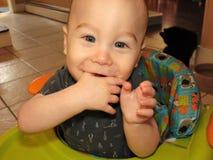 Babyjongen met Glanzende Ogen stock foto