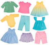 Babykleidung lokalisiert auf Weiß. Stockfotografie