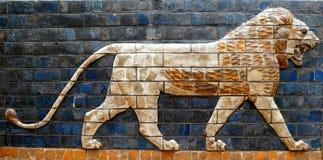 Babylonianleeuw op de Ishtar-Poort stock afbeelding