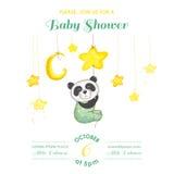 Babyparty oder Ankunfts-Karte - Baby Panda Catching Stars Stockfoto