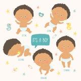 Babypeuter met babys in luiers wordt geplaatst die Het kruipen, het zitten, status, het spelen, het slapen Afrikaanse Amerikaanse Royalty-vrije Stock Afbeelding