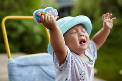 Babyschreien lizenzfreies stockbild