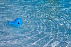 Babystuk speelgoed het zwemmen Stock Afbeelding