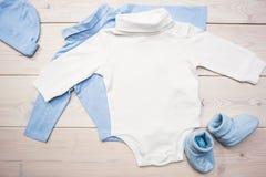 Babywaren auf dem Desktop Stockbilder