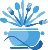 Bac bleu avec des cuillères et des fourchettes -1 Photos libres de droits