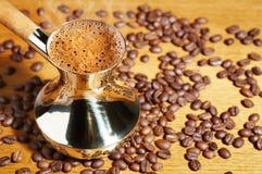 Bac de café turc photos stock