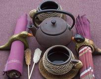 Pot et tasses de thé Images libres de droits