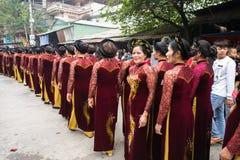 Bac Ninh, Vietnam - 31 de enero de 2017: El festival de primavera tradicional de Dong Ky, un ritual especial del festival de Dong Foto de archivo