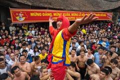 Bac Ninh, Vietnam - 31 de enero de 2017: El festival de primavera tradicional de Dong Ky, un ritual especial del festival de Dong Fotos de archivo