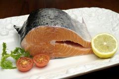 Bacalao con los salmones frescos Fotos de archivo