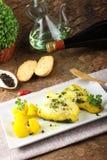 Bacalhau fresco com batatas e açafrão Imagem de Stock