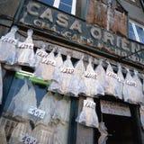 bacalhauen danade gammalt shoppar Fotografering för Bildbyråer