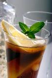 Bacardi con il cocktail della coca-cola Fotografie Stock