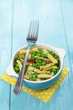 Baccelli di fagiolo giallo ed insalata del pisello Immagine Stock Libera da Diritti
