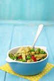 Baccelli di fagiolo giallo ed insalata del pisello Fotografia Stock Libera da Diritti
