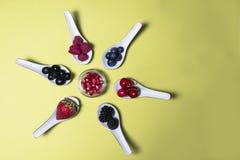 Bacche dell'antiossidante di Bodegon fotografia stock