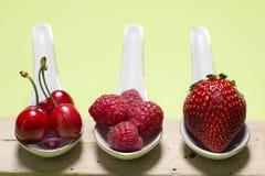 Bacche dell'antiossidante di Bodegon fotografie stock